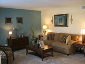 Living at Listing #139907