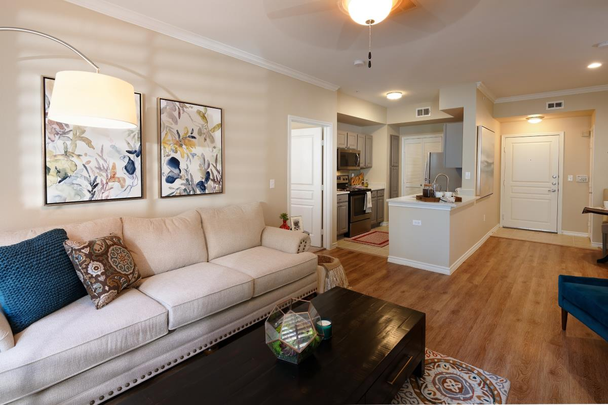 Living at Listing #138104