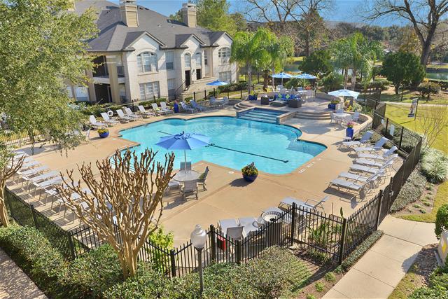 Pool at Listing #138616