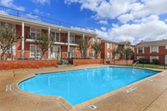 Pool at Listing #141325