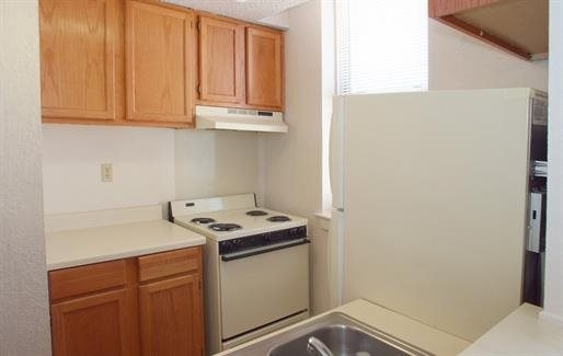 Kitchen at Listing #141473