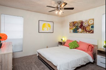 Bedroom at Listing #140991