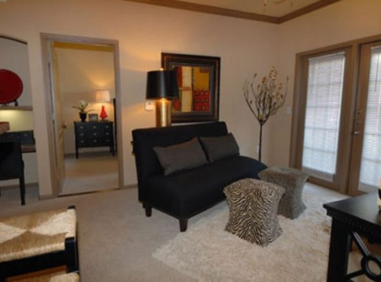 Living at Listing #145758