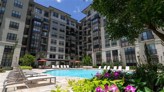 1900 Yorktown Apartments Houston TX