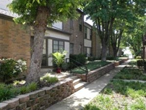 Exterior at Listing #136035