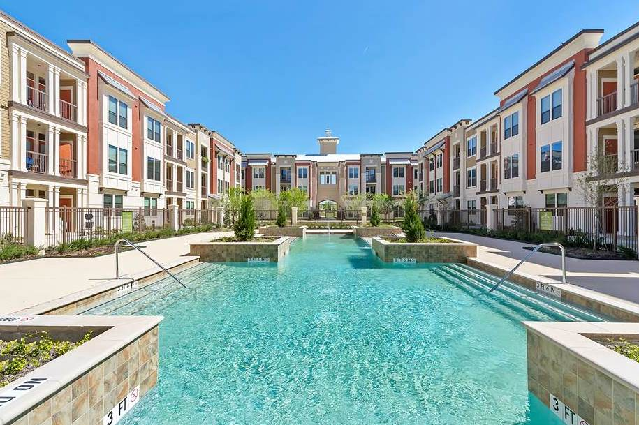 Dolce Living Hometown I Apartments North Richland Hills TX