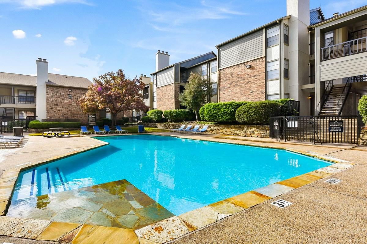 Pool at Listing #136418