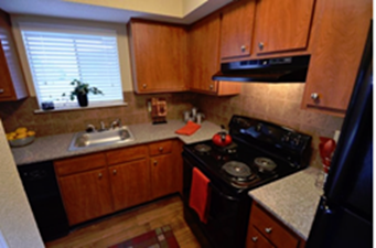Kitchen at Listing #139885