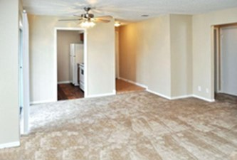 Bedroom at Listing #141145