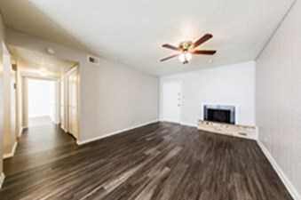 Living at Listing #140431