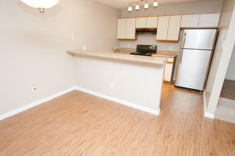 Dining/Kitchen at Listing #138266