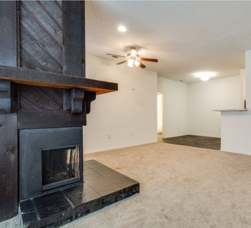 Living/Dining at Listing #136717