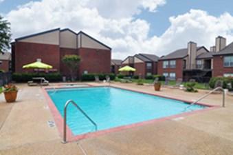 Pool at Listing #137563