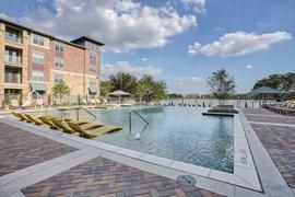 Lakeside Lofts Apartments Farmers Branch TX