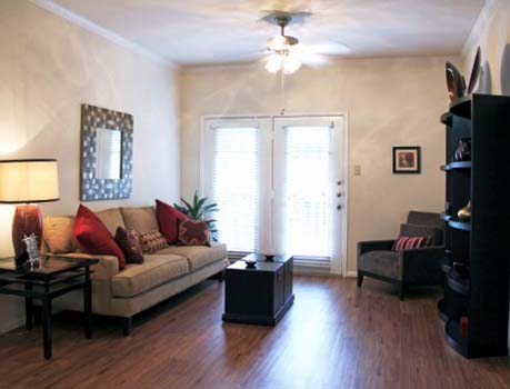 Living at Listing #138918