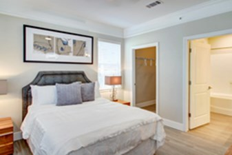 Bedroom at Listing #147857