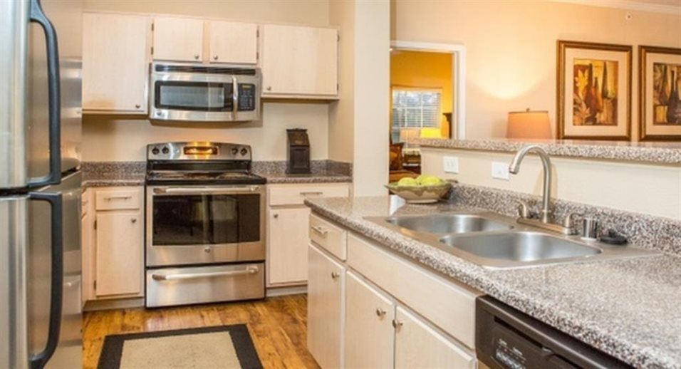Kitchen at Listing #137592