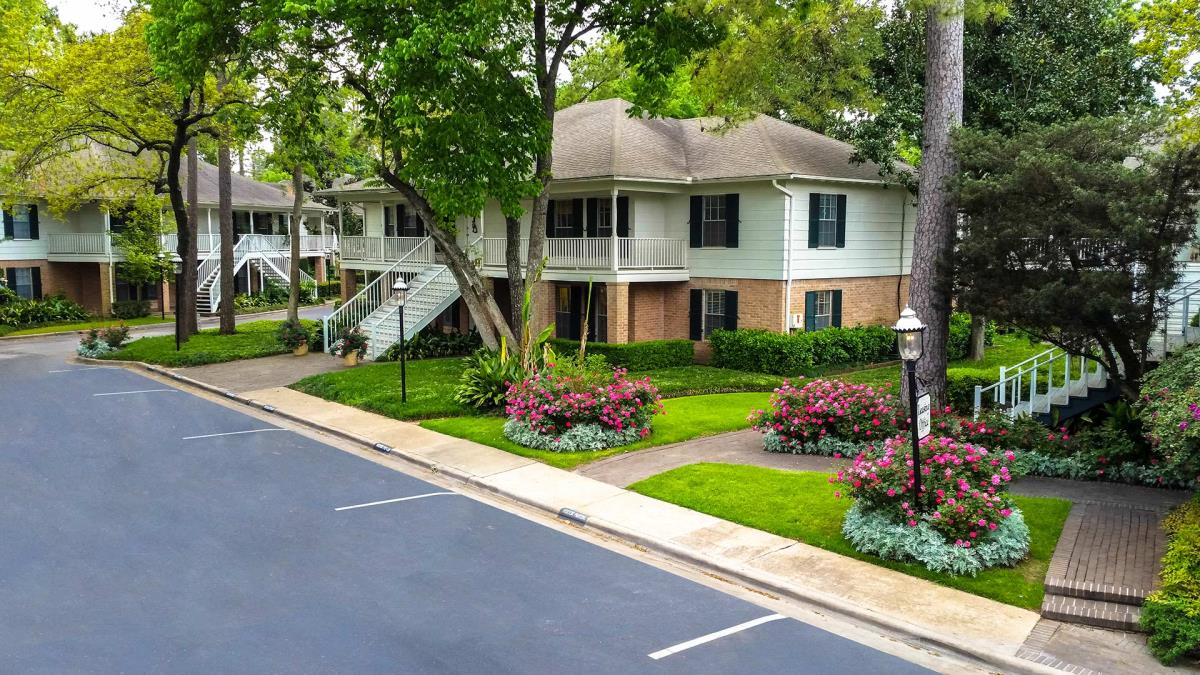 Memorial Creole Apartments Houston TX