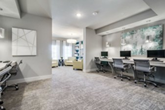 Business Center at Listing #281473