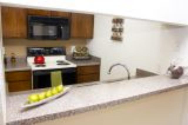 Kitchen at Listing #136303