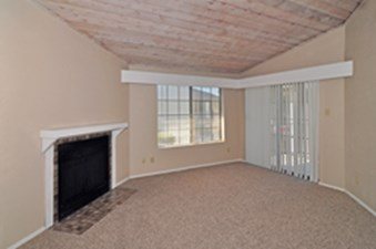 Living at Listing #136989