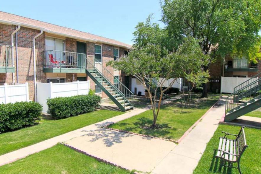 Lakeside Village Apartments Wylie TX