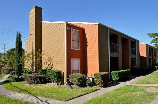 Riviera Pines Apartments Houston TX
