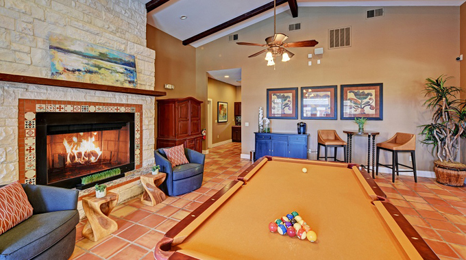 Gameroom at Listing #145154