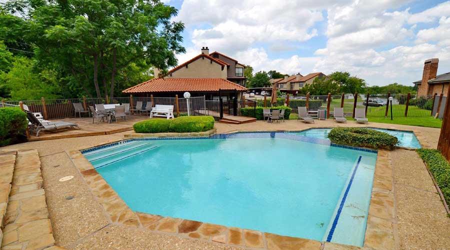 Pool at Listing #136024