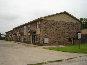 Grand Manor Apartments