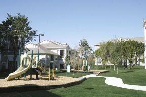 Playground at Listing #145756