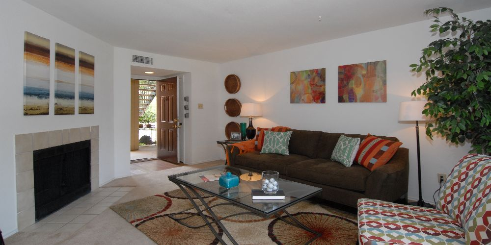 Living Room at Listing #136445