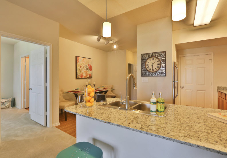 Dining/Kitchen at Listing #257441
