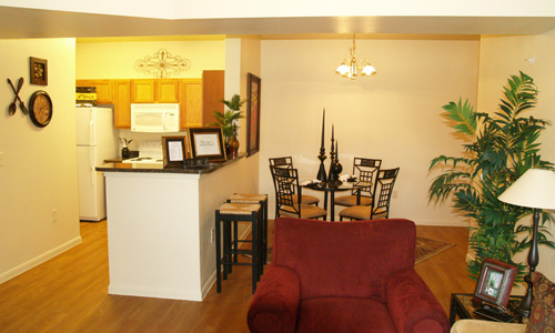 Dining at Listing #227091