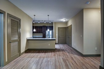 Dining/Kitchen at Listing #301344