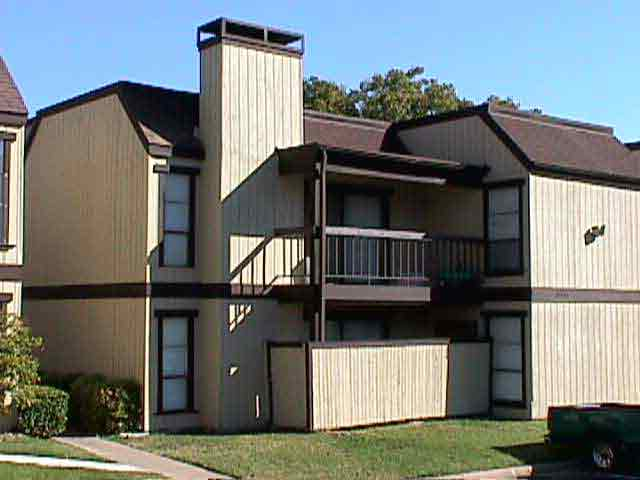 Exterior at Listing #135740
