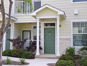 Exterior 3 at Listing #144110
