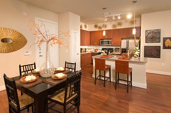Dining/Kitchen at Listing #145099