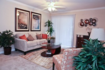 Living Room at Listing #139665