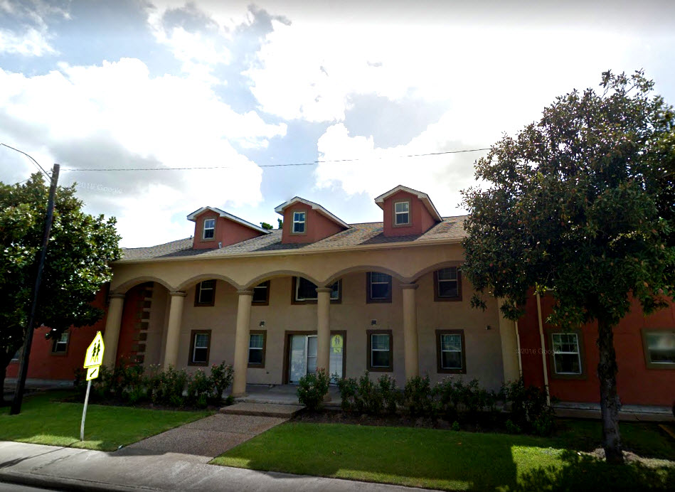 Exterior at Listing #139756