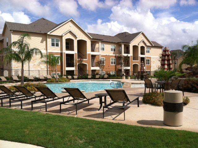 Parkway Grande Apartments San Marcos, TX