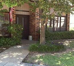 Cleburne Oaks Apartments , TX