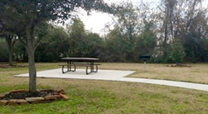 Picnic Area at Listing #140133