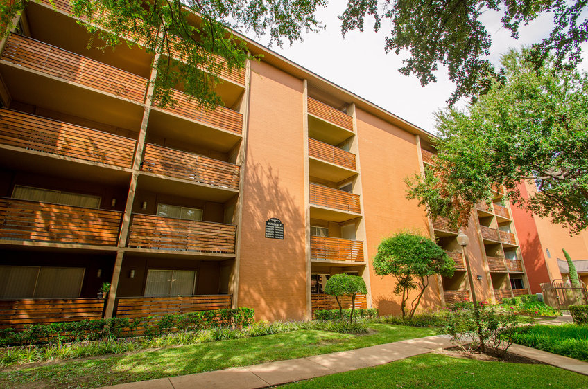 Seville at Bellmar Apartments Dallas, TX