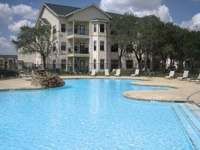 Polo Club Apartments San Antonio TX