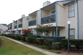 Royal Wildewood Manor Apartments Clute TX