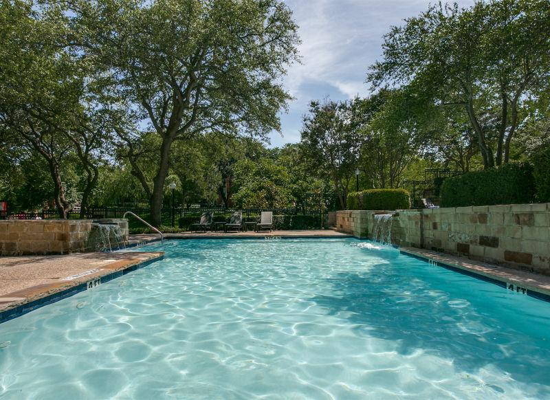 Pool at Listing #136686