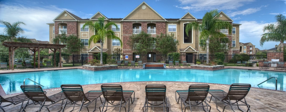 Villas at Shadow Creek Ranch I Apartments Pearland TX