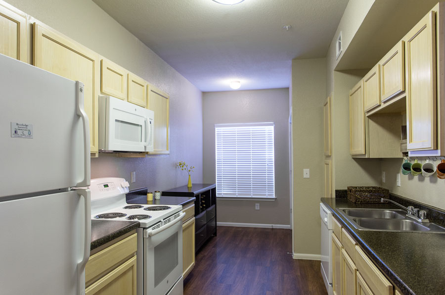 Kitchen at Listing #140708