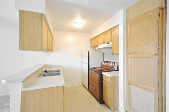 Kitchen at Listing #136451